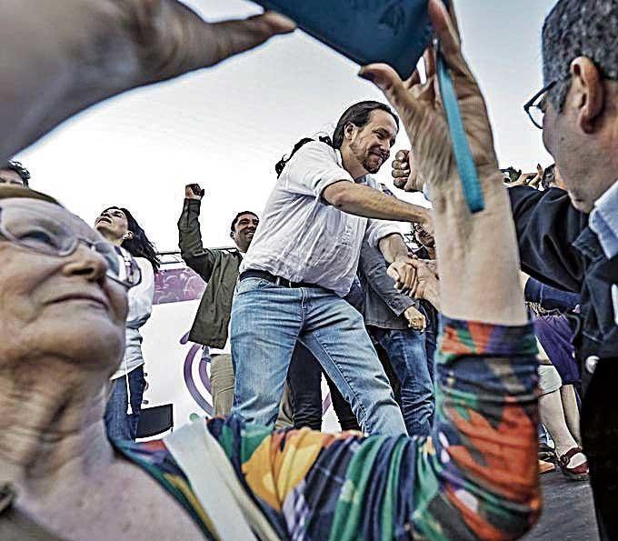 """Iglesias advierte que no dará un """"cheque en blanco"""" a Sánchez"""