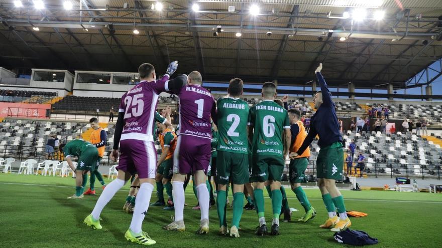 Real B-Algeciras, Badajoz-Amorebieta, Burgos-Athletic B e Ibiza-UCAM, finales por el ascenso a Segunda División