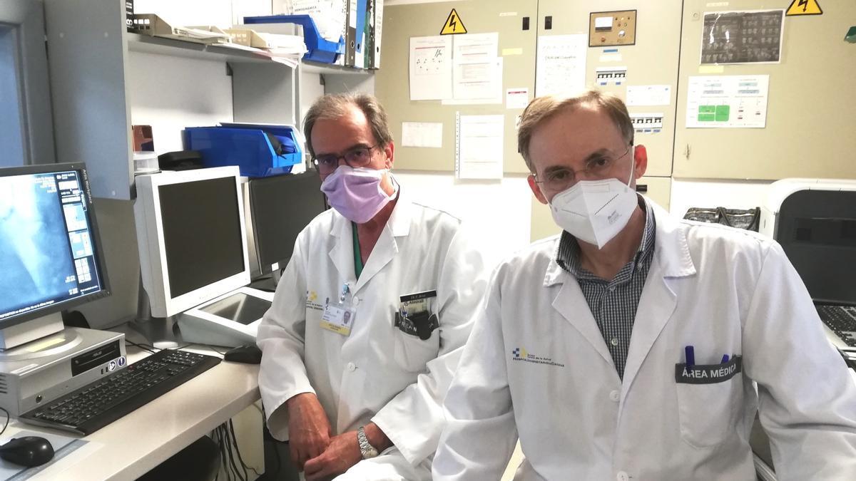 Los cardiólogos Bosa y Barragán, jefe servicio y responsable Consulta Cardio-Oncología del HUC