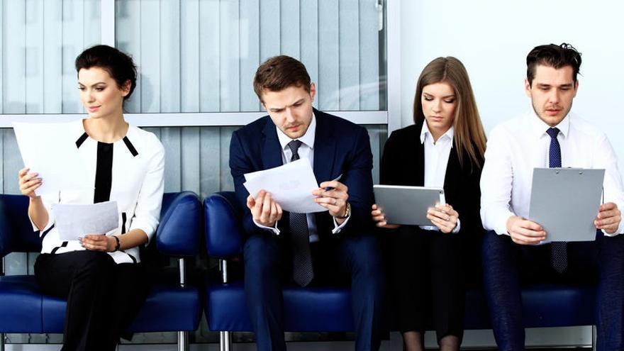Las mujeres tienen menos probabilidades de ser contratadas que los hombres