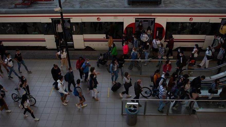 ENCUESTA | ¿Cómo valora la recuperación de nueve trayectos por parte de RENFE en la línea C-6 entre Castelló y València?