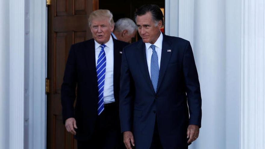 Romney y Trump discuten sobre asuntos exteriores