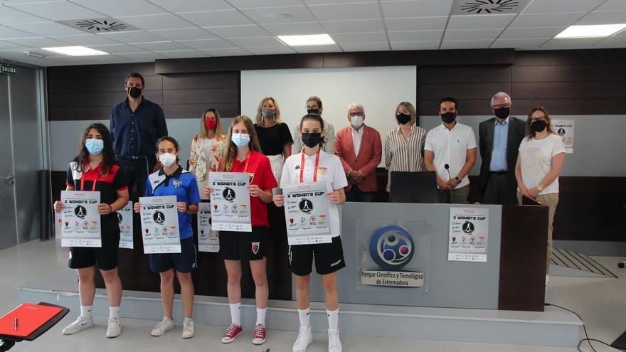 Futbolistas cadetes de primer nivel se citan en la Women's Cup