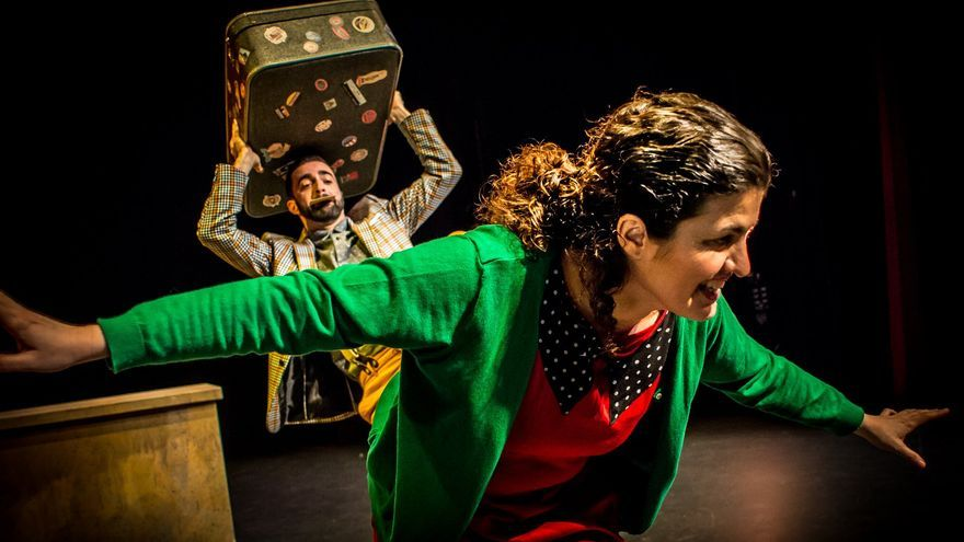 """El Teatro Reina Sofía de Benavente acoge en la tarde de hoy la obra """"Debajo del tejado"""""""