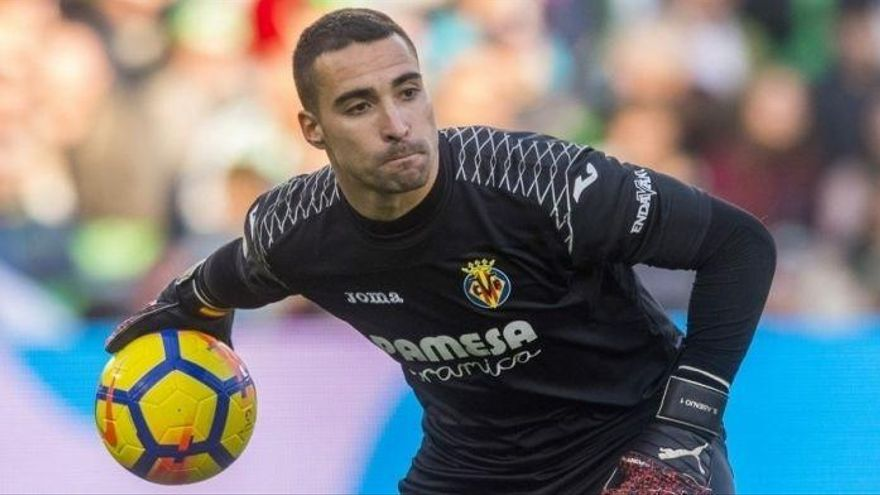 """Asenjo: """"Es una situación irreal para un equipo como el Villarreal"""""""