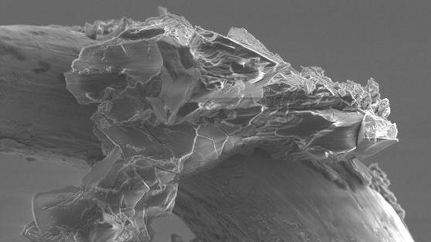 Científicos hallan agua en muestras de un asteroide