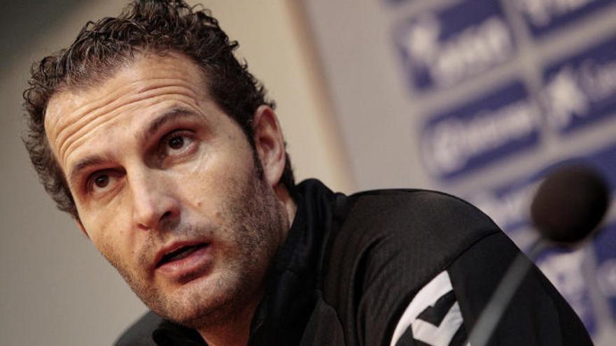 Rubén Baraja deja fuera de la convocatoria del Tenerife a Filip Malbasic