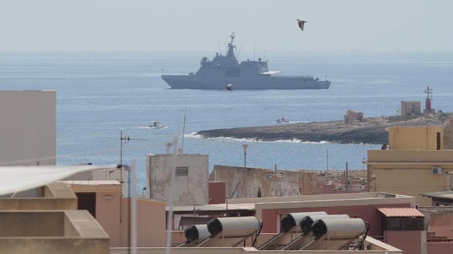 El Audaz recogerá en Sicilia a los 15 inmigrantes del Open Arms que vendrán a España