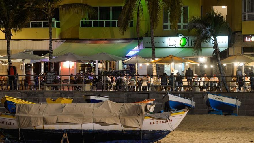 El TSJC insiste en que decae el toque de queda en Canarias