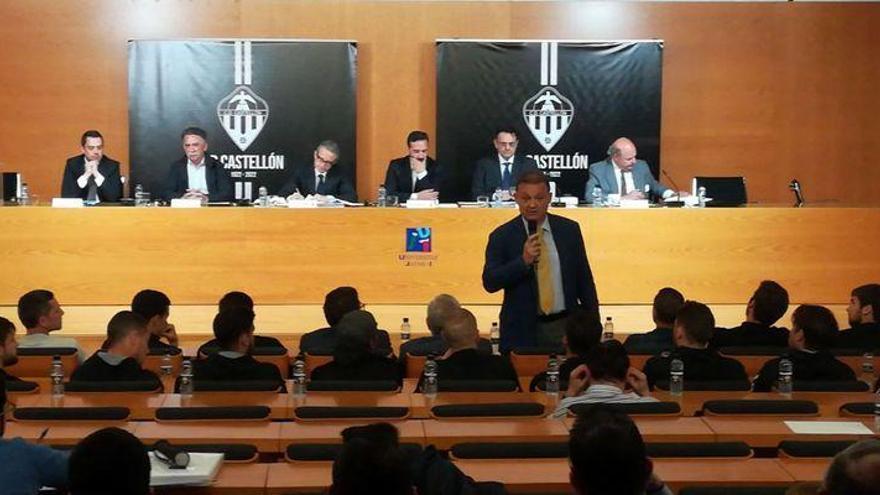 El grupo de Garrido entra en el consejo del Castellón... ya sin Cano-Coloma