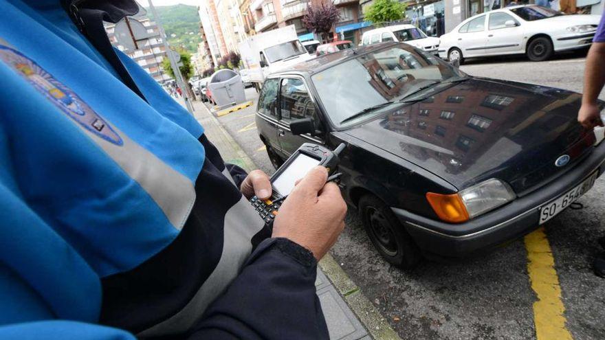 Detenido un conductor en Mieres por triplicar la tasa de alcoholemia