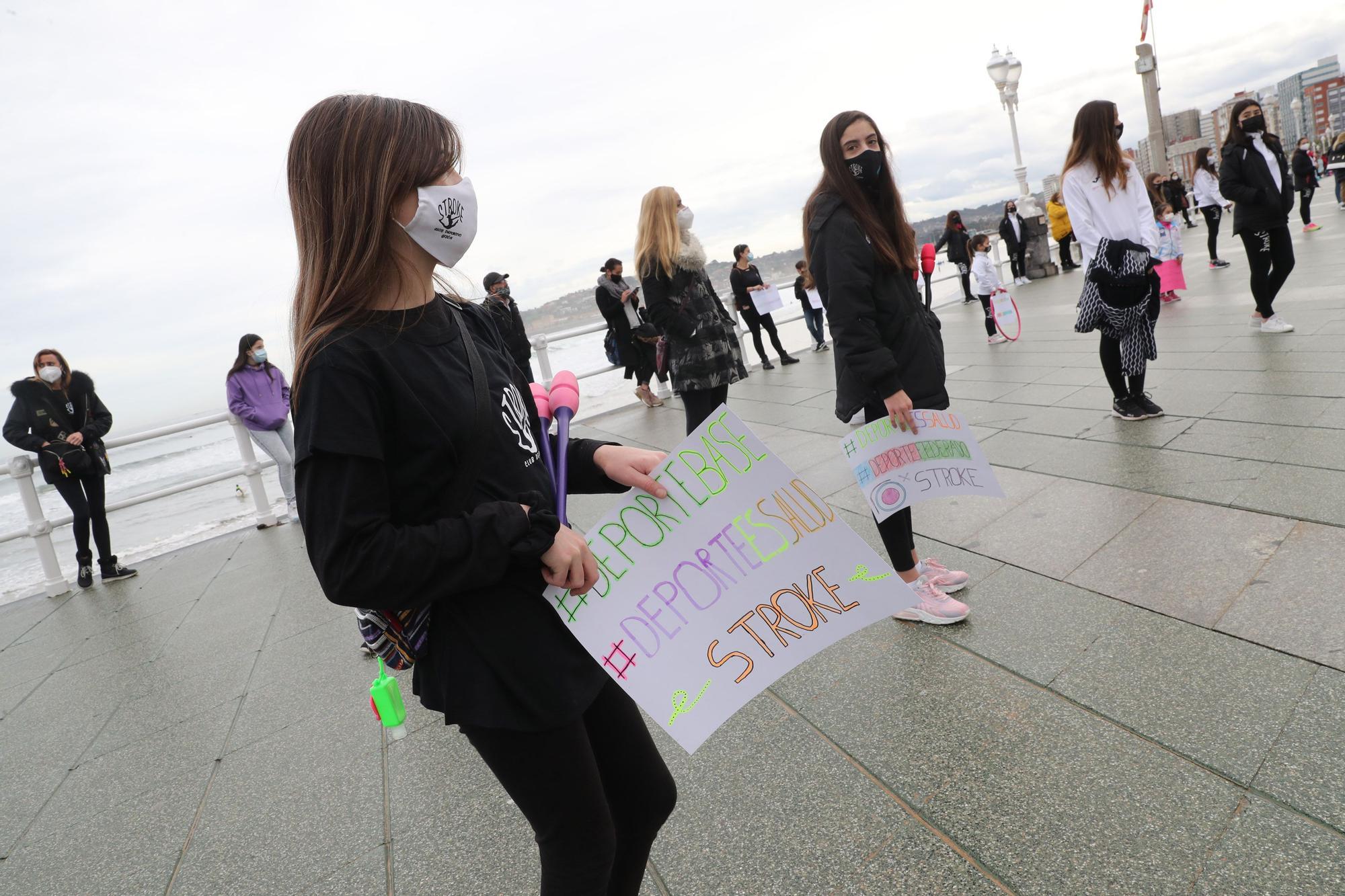 Los deportistas gijoneses se manifiestan en Gijón