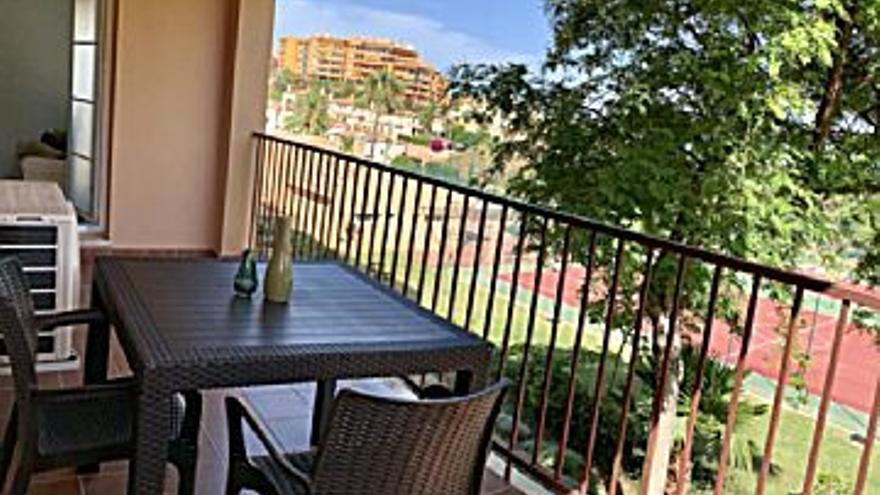 750 € Alquiler de piso en Torreblanca del Sol - Los Pacos (Fuengirola), 2 habitaciones, 2 baños...