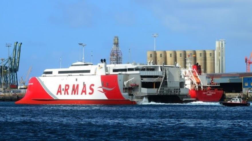 Dos enlaces semanales extra reforzarán la conectividad marítima de El Hierro con Tenerife