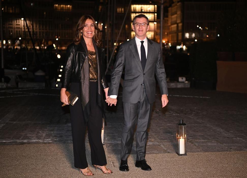 El presidente de la Xunta, Alberto Núñez Feijóo, y Eva Cárdenas.