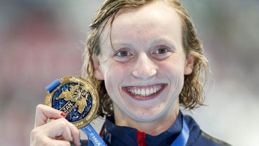 Katie Ledecky hace historia con su quinto oro en Kazán