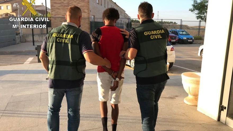 Detienen en Madrid a un joven de 18 años que abusó sexualmente de una menor en Toledo