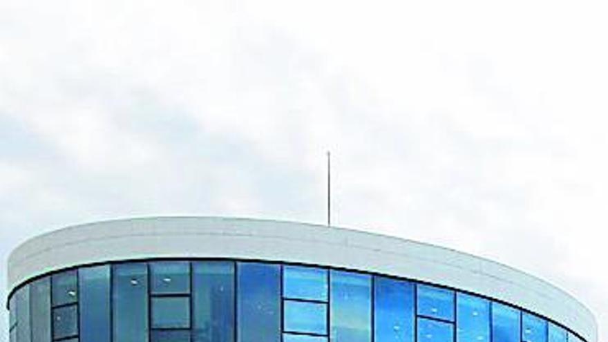 """El Niemeyer, """"una guinda"""" que acabó con sabor agridulce"""