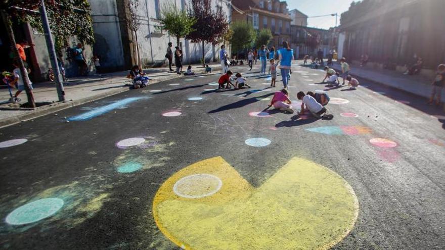 """""""Pacman"""" sobrevive a la década de los ochenta en Vilagarcía"""