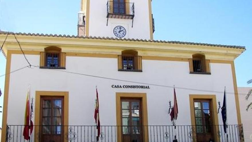 El PSOE denuncia el despido de 86 trabajadores del Ayuntamiento de Archena