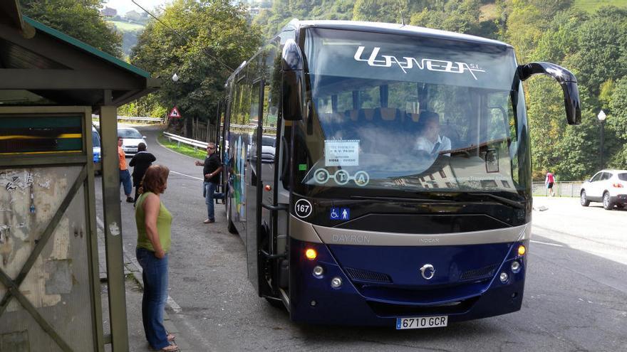 Los búhos de Oviedo a Riosa, Morcín y Ribera de Arriba comenzarán a funcionar mañana