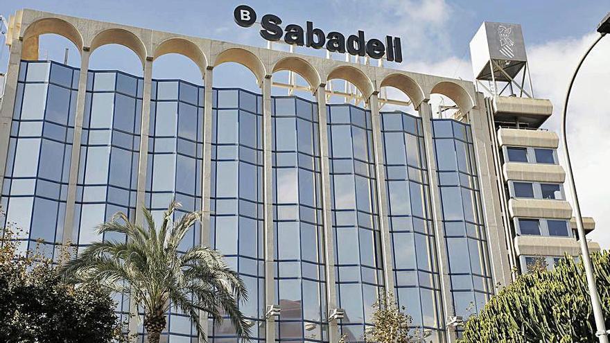 El Sabadell inicia la negociación formal del ERE tras fracasar las conversaciones previas