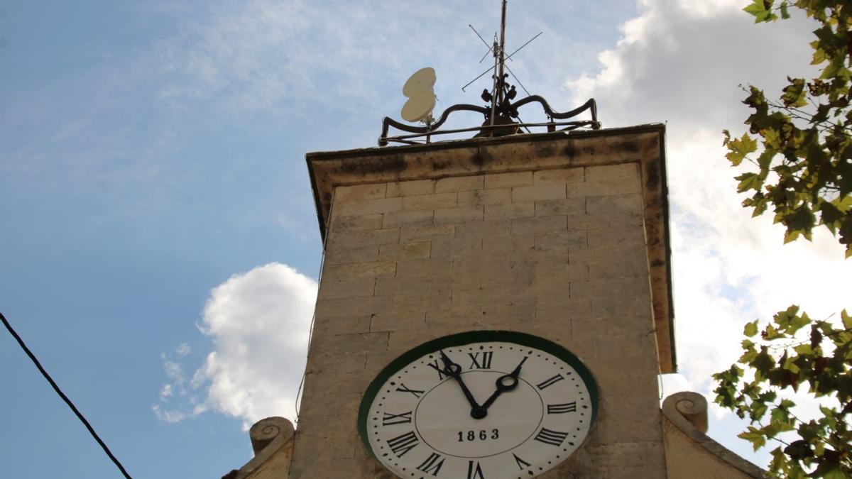 El reloj del Consistorio 'pobler', listo para dejar atrás el fatídico 2020