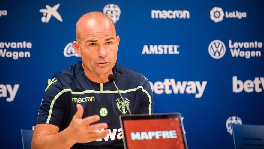 """Paco López: """"El Villarreal es un equipazo  y lo demuestra con resultados y juego"""""""