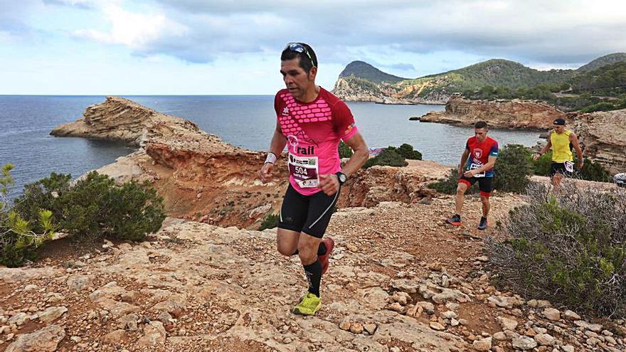 Sant Antoni apuesta por el trekking y por el trail runnning