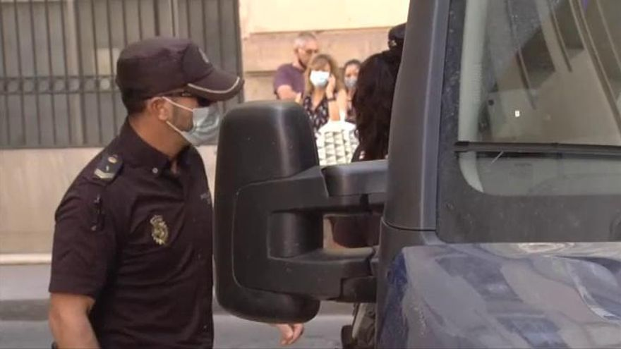 Comienza el juicio a la viuda negra de Alicante