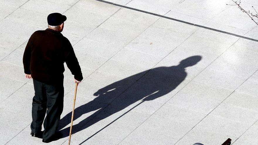 Un autónomo jubilado cobra 339 euros menos que los asalariados