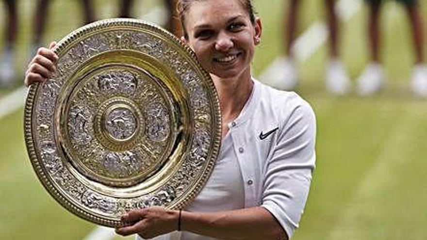 Halep fulmina a Serena Williams y logra su primer título en Londres