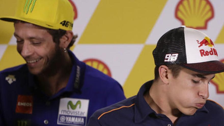 Márquez y Rossi afrontan Sepang sin cuentas pendientes