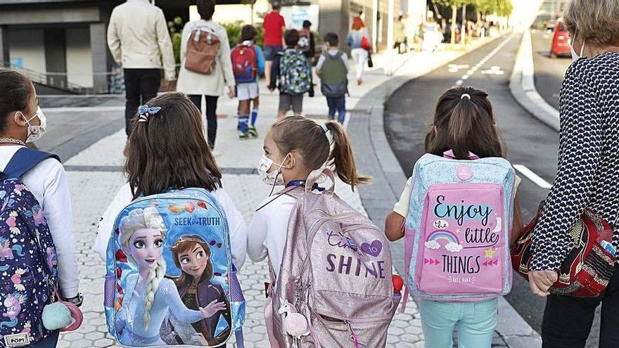 Salud mantendrá la obligatoriedad de la mascarilla en los patios de colegio de Baleares