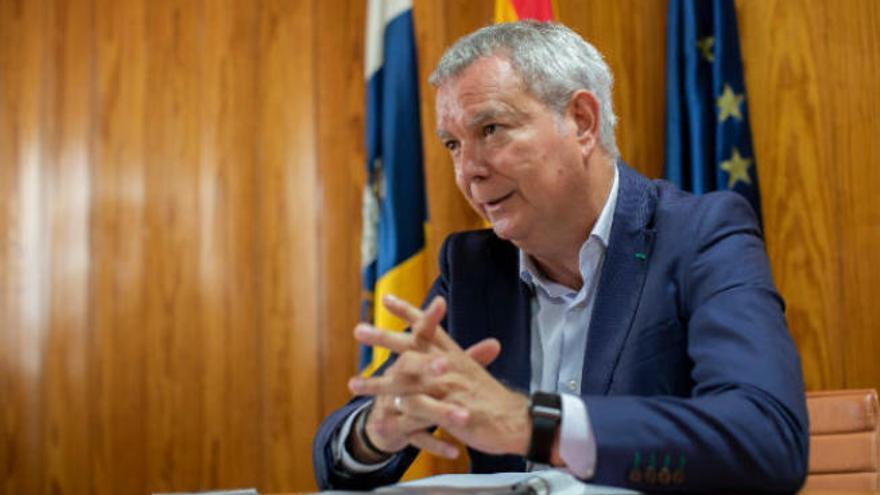 El Estado transferirá a las islas las cantidades pendientes de recibir de carreteras