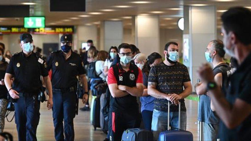 Canarias prorroga hasta el 31 de julio el control de pruebas a viajeros nacionales