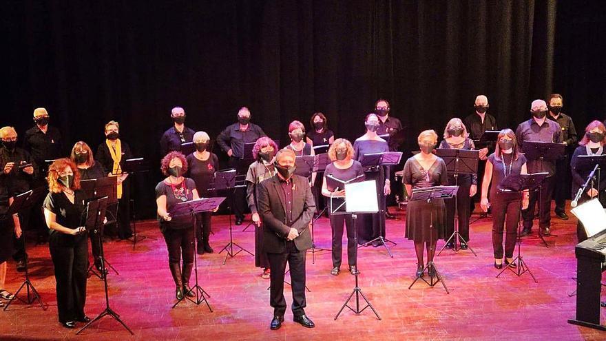 El Micalet guardona a Antoni Furió  i a la Companyia Teatre Micalet