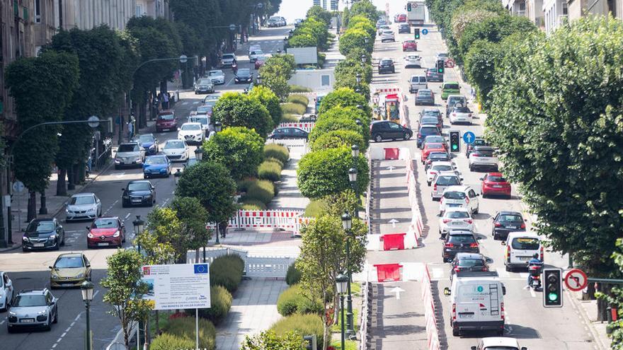 Tráfico cierra un carril de Gran Vía y vuelve a aplazar sin fecha el corte de todo el vial