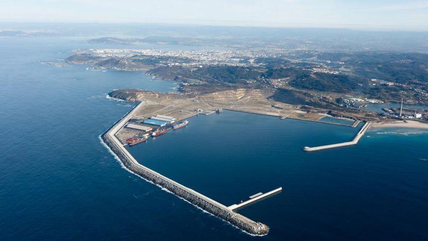 El Gobierno se compromete a financiar el tren al puerto exterior de A Coruña