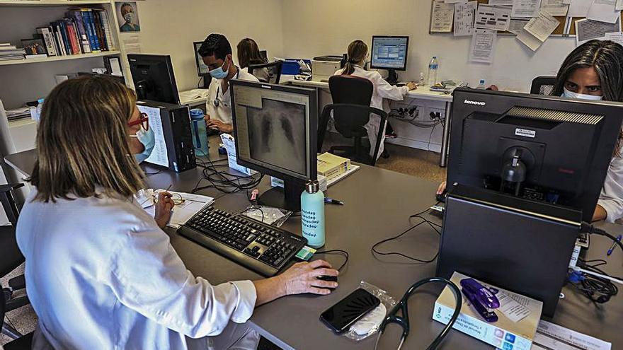 Las enfermeras prefieren formarse en Ginecología y Obstetricia en el «Vinalopó»