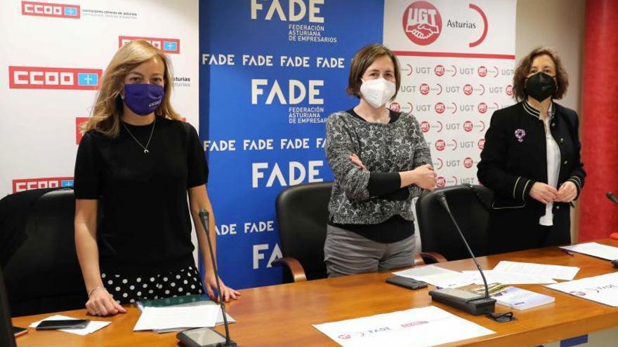 """FADE y sindicatos acusan al Principado de """"bloquear"""" la llegada a las empresas de los supervisores de igualdad"""