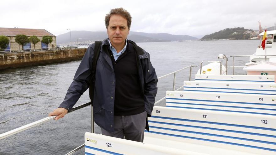 """Domingo Villar sopesa la oferta de convertir en serie televisiva """"El último barco"""""""