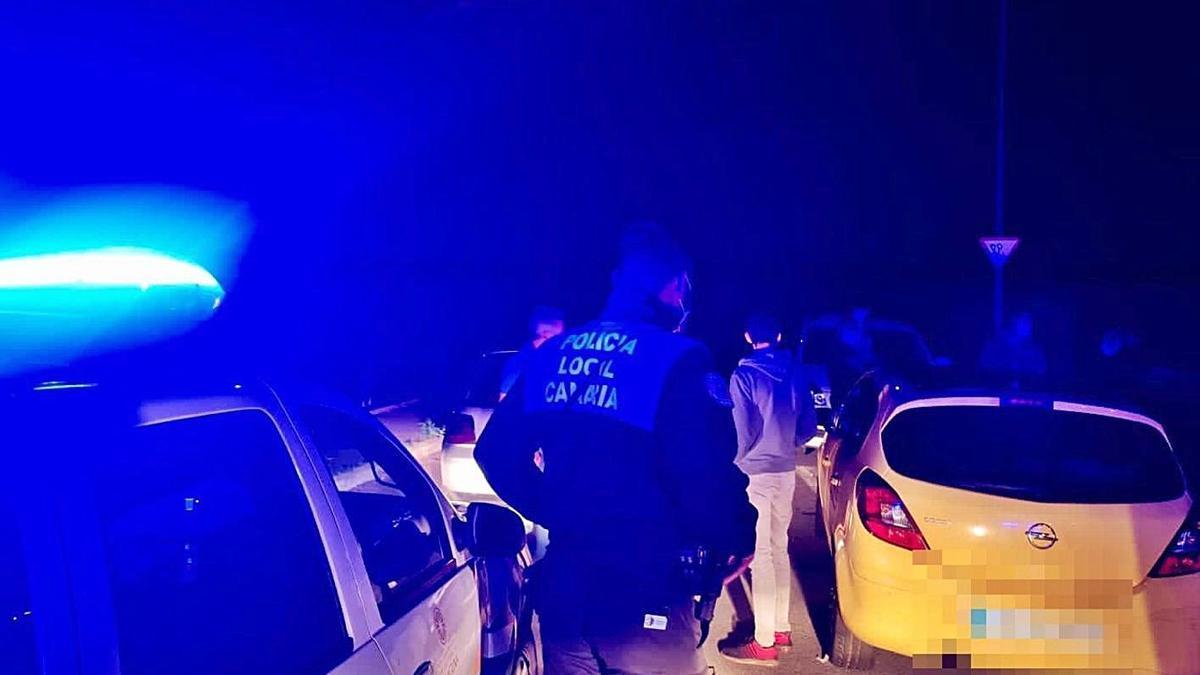 Un momento de la actuación de la Policía Local en Tejina | | E.D.