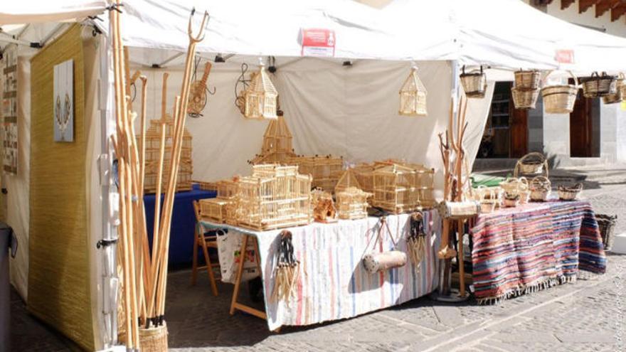 El Casco de Teror acoge este fin de semana la 19ª Feria Regional de Artesanía Villa de Teror