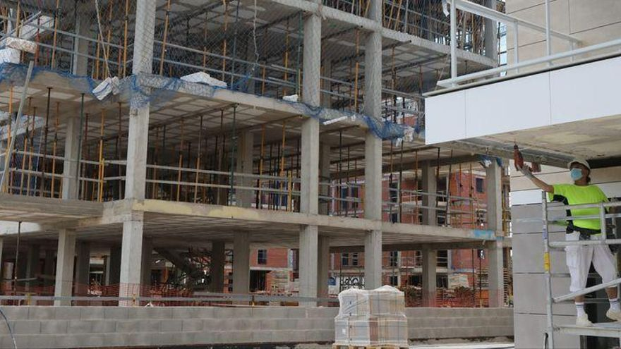 Castellón se libera solo del 28% del estoc de viviendas del 'boom'