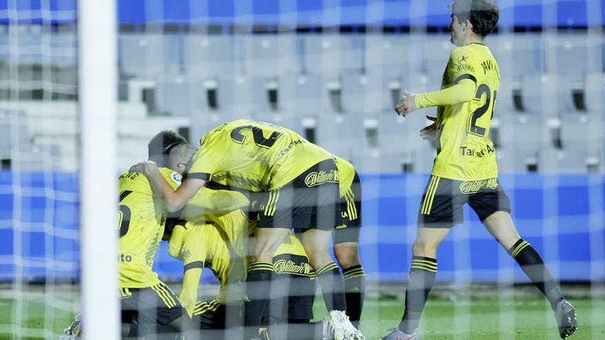 La afición critica la temporada del Real Oviedo pero confía en la salvación