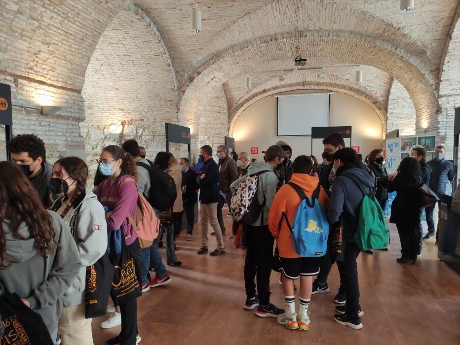 Figueres inaugura el I Saló dels Oficis al Castell de Sant Ferran