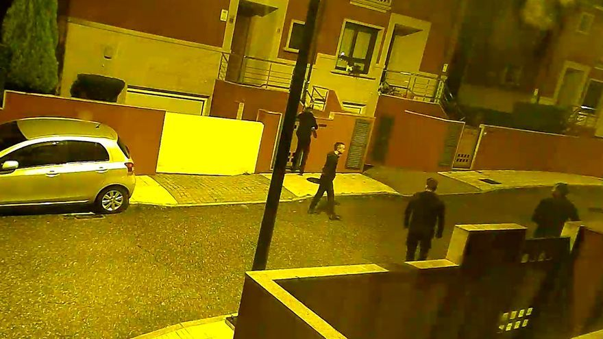 Asalto a una casa en Vigo: buscan a los miembros fugados de una banda