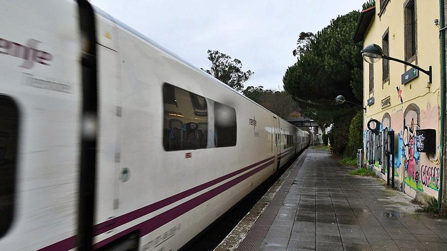 Las cuentas elevan a 120 millones la inversión en el tren a Ferrol, pero con gasto simbólico hasta 2025