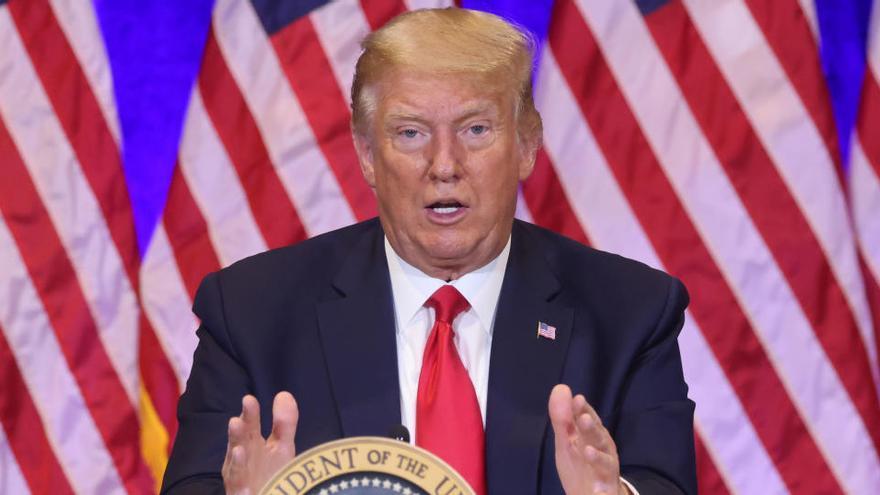 """Trump insiste en el lema """"ley y orden"""" tras un tiroteo a policías en Los Ángeles"""